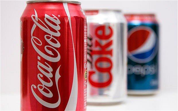 Cum sa faci curatenie in casa cu o sticla de Coca Cola! (VIDEO)