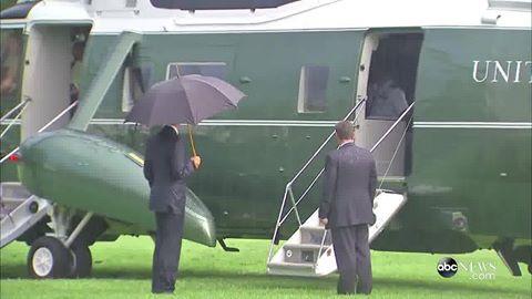 obama-umbrela