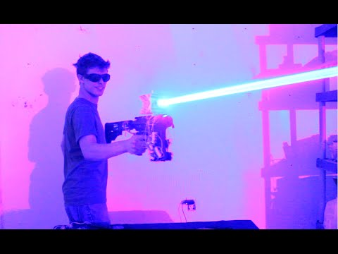 Demn de Star Wars! Şi-a construit acasa o armă cu laser (VIDEO) My-Homemade-40W-LASER-SHOTGUN