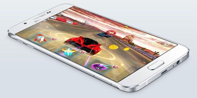 Samsung a lansat Galaxy A8, cel mai subtire telefon pe care l-a construit vreodată