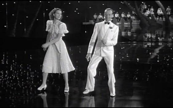 66 de numere de dans din filme clipul-cu-66-de-miscari-de-dans-din-filmele-vechi