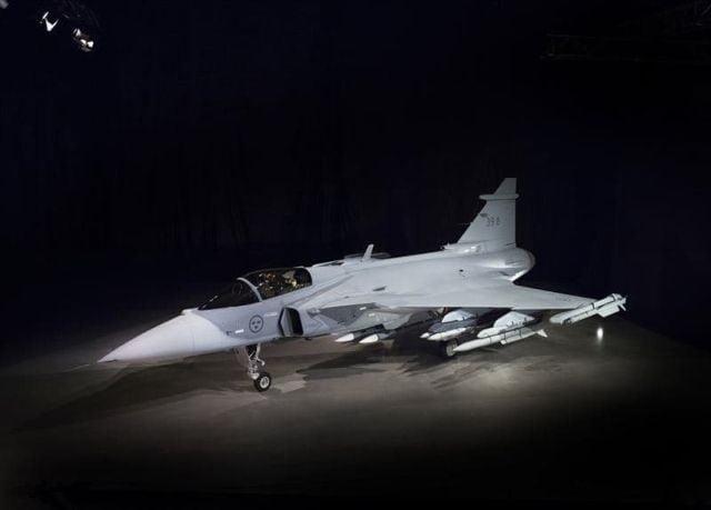 """Cum arată noul avion de luptă Gripen E """"Smart Fighter"""" 2"""
