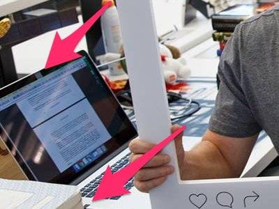 Antivirusul lui Mark Zuckerberg - autocolant pe cameră şi microfon!