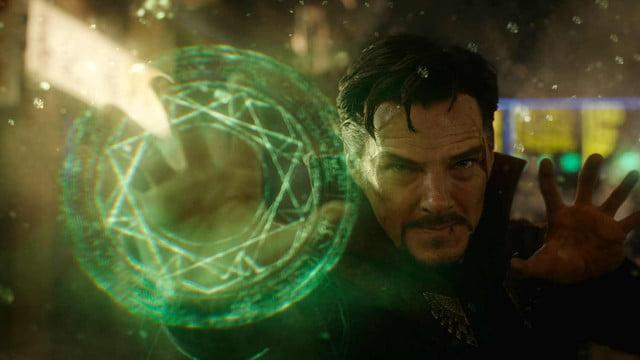 Doctor Strange face furori în cinematografe. Povestea unui film fascinant
