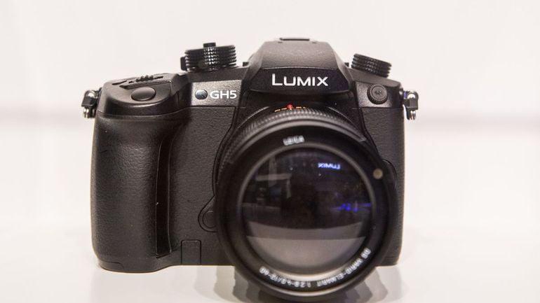 LUMIX GH5 panasonic-lumix-gh5-product-5
