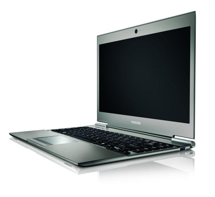 Toshiba-Portege_Z830_profil