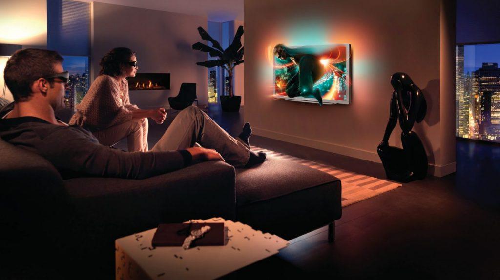 Philips-TV_46PFL9706H_lifestyle-1
