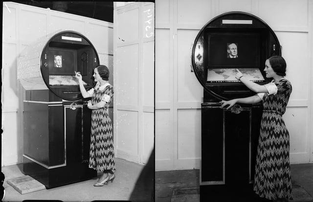 Back to the future! Cum era vazut televizorul viitorului in 1930