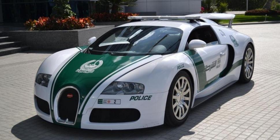 Bugatti Vyron masina de politie