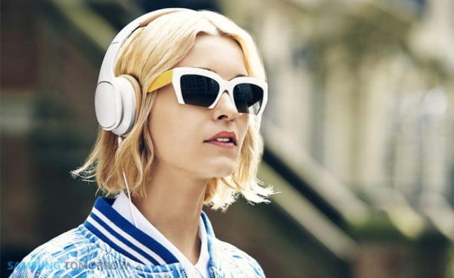 Samsung-Level-Lifestyle-Image-81-640x392