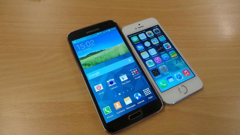 galaxy_s5_vs_iphone_5s