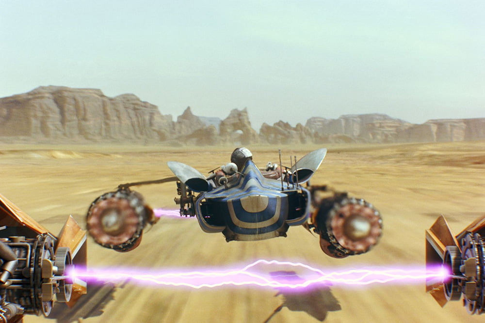 Anakin-podracing-in-Tatooine