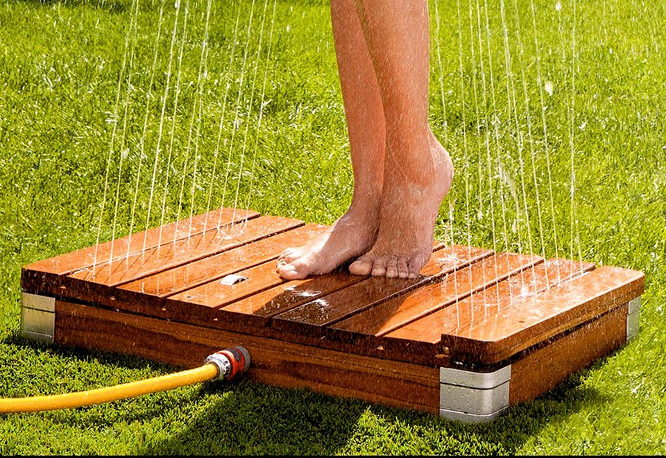 Teak-Outdoor-Shower