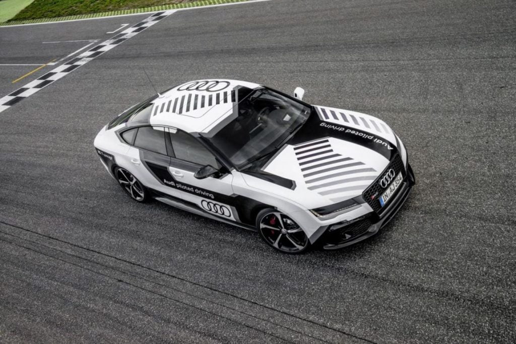 audi-rs7-piloted-driving-concept-gadgetreport