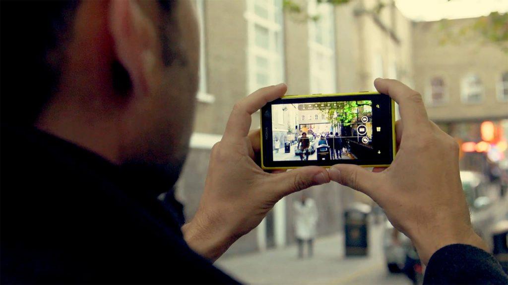cum-filmezi-cu-telefonul