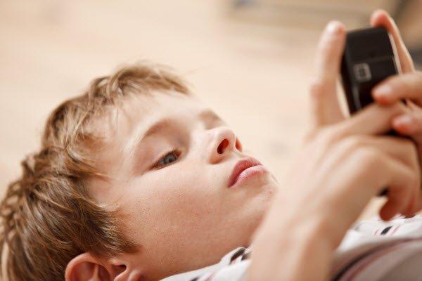 pericol copii telefoane