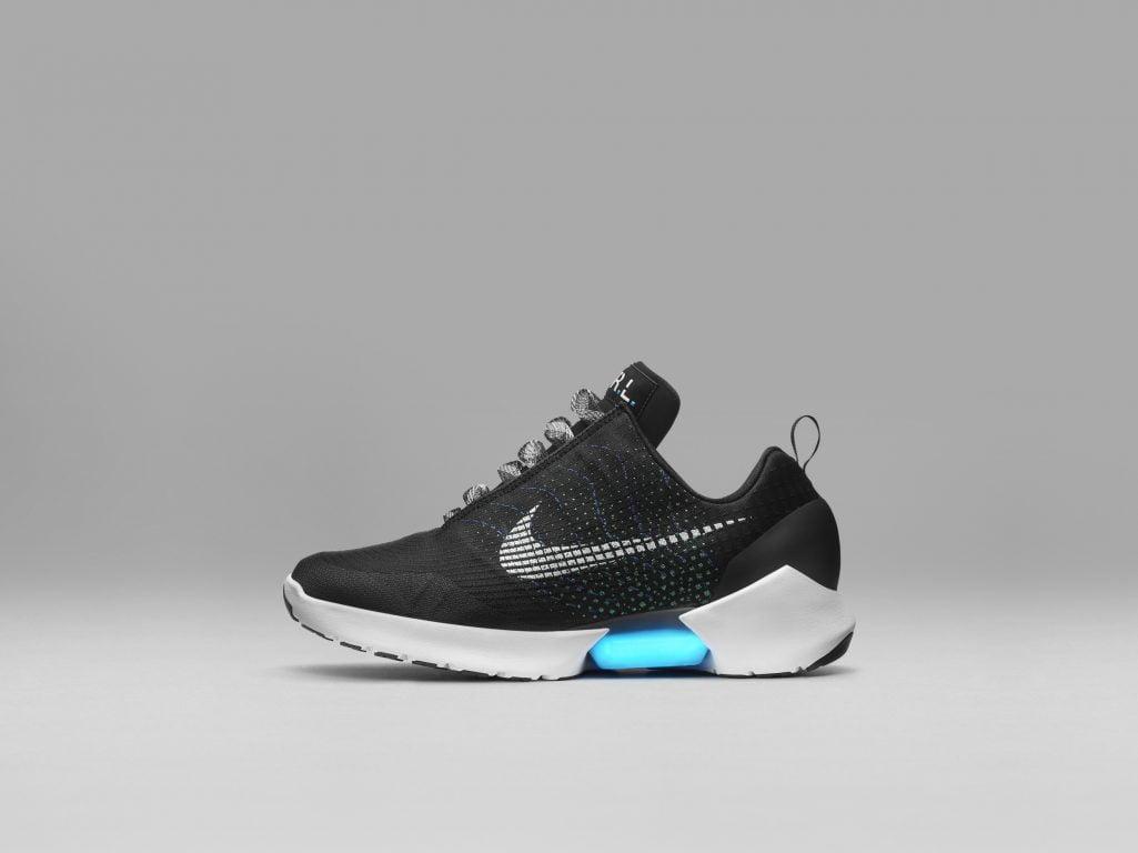 Nike HyperAdapt 1.0. Primii pantofi de sport adaptabili