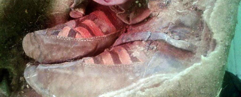 Adidaşi de acum 1500 de ani adidasi_mumie