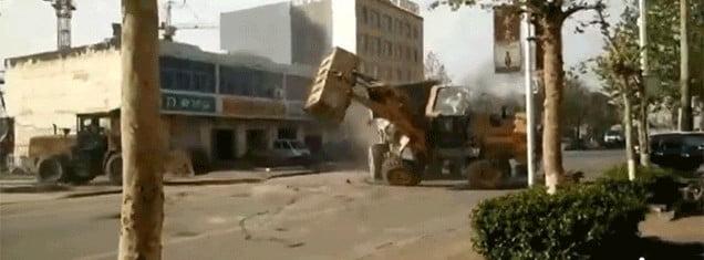 bataie cu buldozere