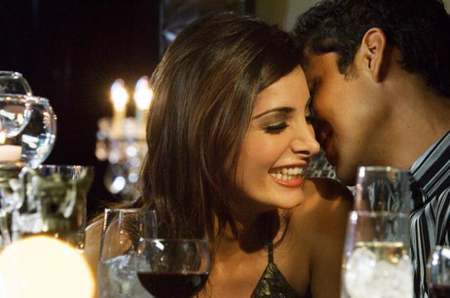 """legătura dintre băutură şi atracţie. tu după câte pahare te """"îndrăgosteşti""""? bautura-si-atractia"""