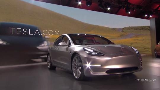 Tesla Model 3 tesla-model-3-gadgetreport