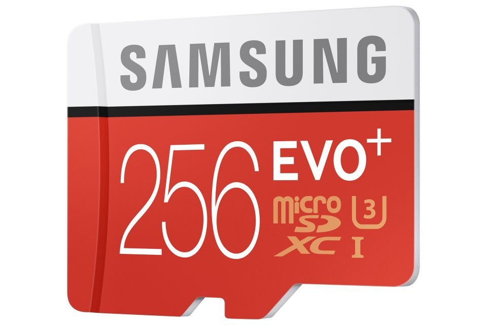 Samsung EVO Plus. Un card de 256 GB!