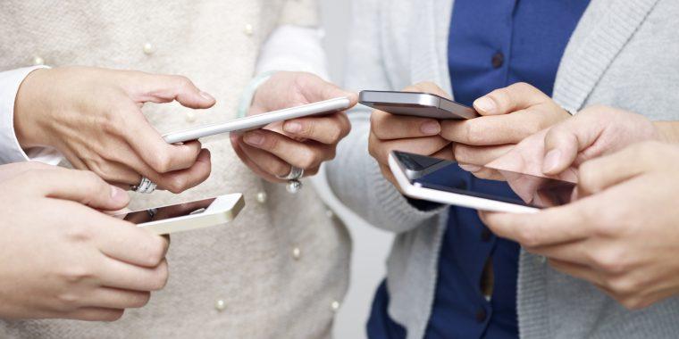 telefoanele mobile pot cauza cancerul Telefoanele-mobile-pot-cauza-cancerul
