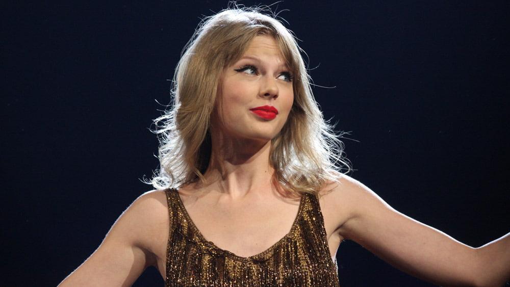Taylor Swift şi alte vedete atacă Youtube si Digital Millennium Copyright Act
