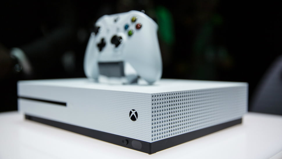 Xbox One S Xbox-One-S-lansat-pe-2-august