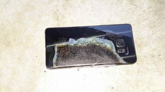 note 7 Explozia-unui-Galaxy-Note-7-a-afectat-o-cameră-de-hotel-540x304-1