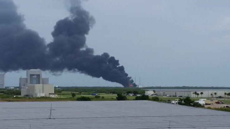 O rachetă SpaceX a explodat la Cape Canaveral