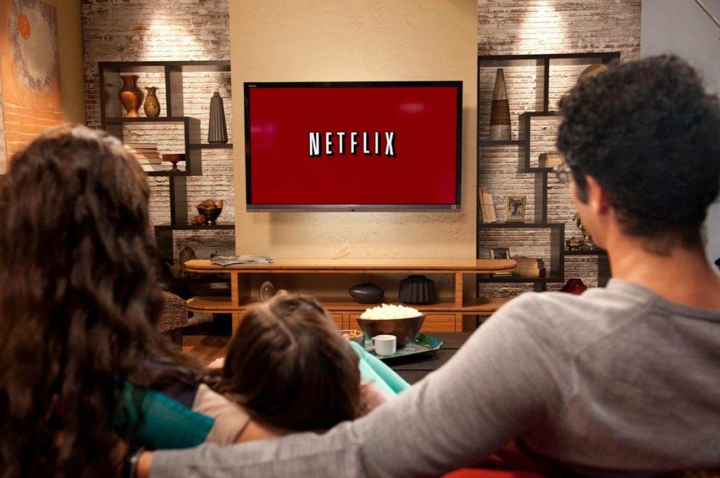 Netflix bate toate recordurile. Cum te abonezi la serviciul de filme şi seriale