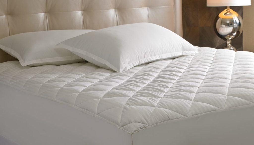 descoperirile cu iz macabru sheraton-mattress-pad-sh-114_xlrg
