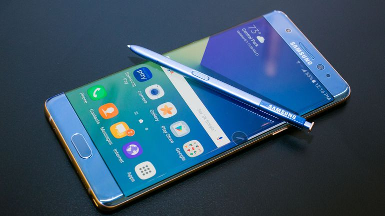 Apple face bani buni din coşmarul Samsung Galaxy Note 7