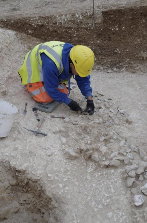 Stonehenge descoperire-langa-stongenge