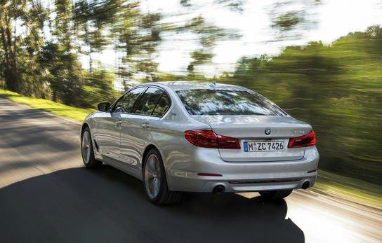 BMW 530e iPerformance BMW-530e-iPerformance-3
