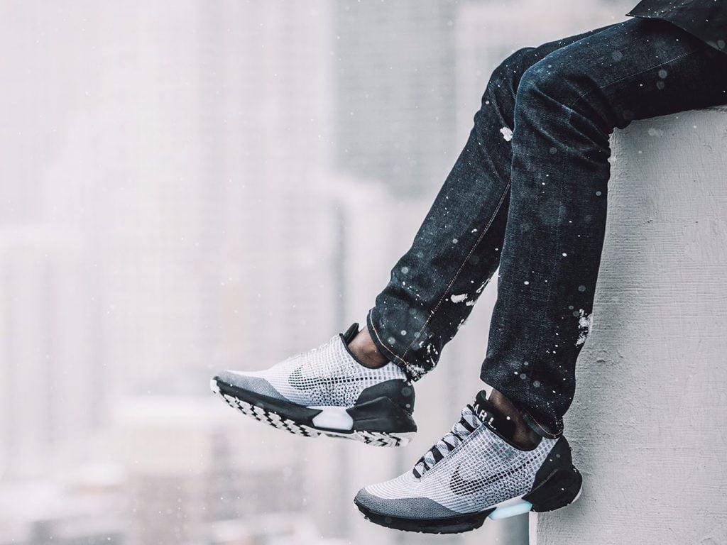 nike hyperadapt Nike-HyperAdapt-1