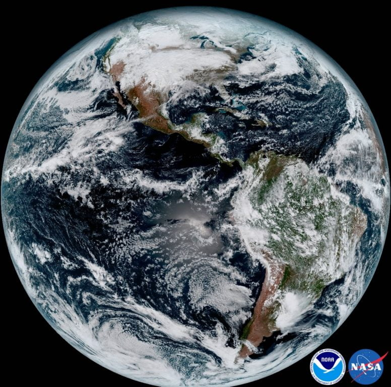 Cea mai detaliată imagine a Pământului, surprinsă de satelitul GOES-16