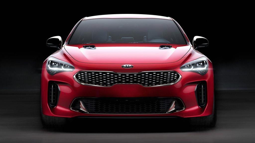 Nu este Jaguar şi nici Lexus! Este Kia Stinger GT, cel mai spectaculos model sud-coreean