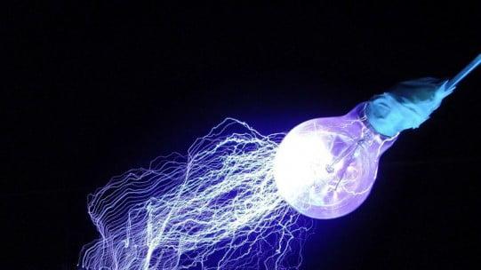 li-fi Li-Fi-tehnologia-care-ne-va-aduce-internetul