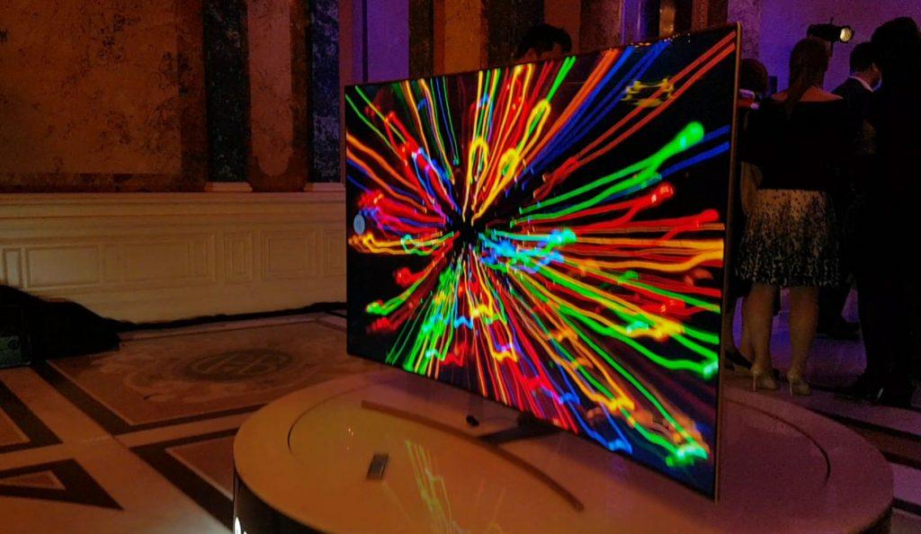Samsung QLED, lansat în România. Cum arată noile televizoare inteligente