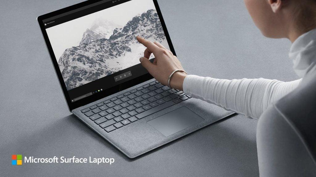 Microsoft Surface Laptop, disponibil la nivel global. Cum arată şi cât costă
