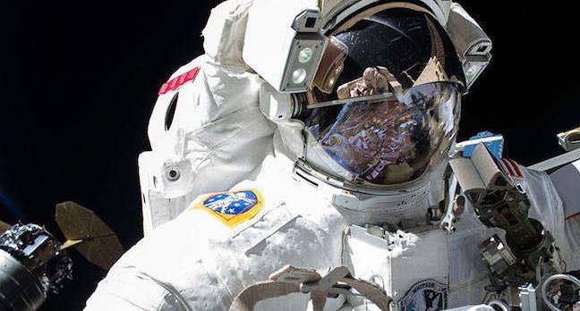 staţia spaţială internaţională nasa_peggy_whitson_spacewalk