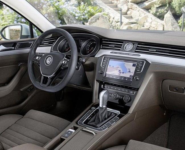 volkswagen passat 2018 2018-VW-Passat-Interior
