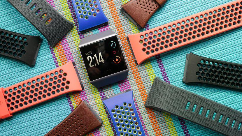 Google cumpără Fitbit pentru 2,1 mld.dolari. Vom avea ceasuri și brățări Google
