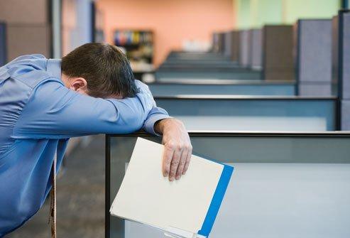 Pericolul din aerul din birou! Legătura din aerul respirat și oboseală