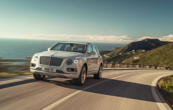 bentley bentayga hybrid Bentley-Bentayga-Hybrid-8-600x382