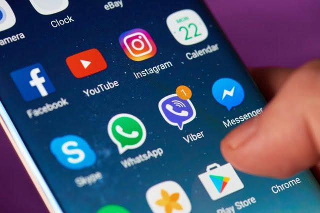 Google blochează smartphone-urile clonă. ,,Bombele'' chinezeşti, sabotate