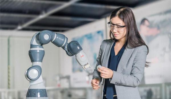 roboți roboti-abb