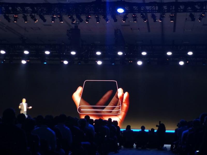 Samsung Galaxy X, în producție. Cât va costa și când va fi disponibil în magazine